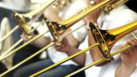 Nauka gry na instrumencie bez wychodzenia z domu